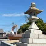 丸亀・金比羅街道 みなと公園の一対の石燈籠