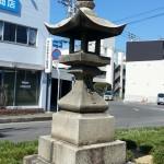丸亀・金比羅街道 丸亀駅裏 石灯籠